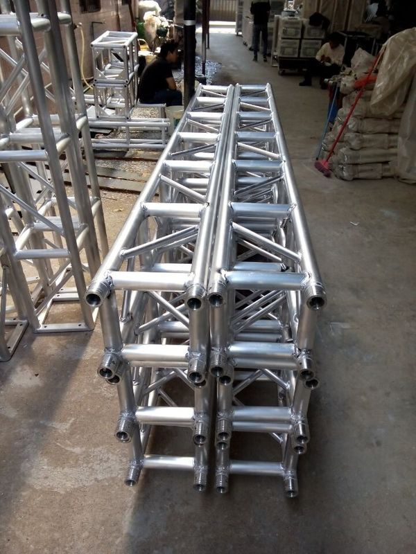 3 Meters 300mm X 300mm Aluminum Stage Truss For Move Performances / Ceremonies